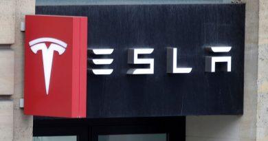 Tesla will no longer accept Bitcoin over climate concerns
